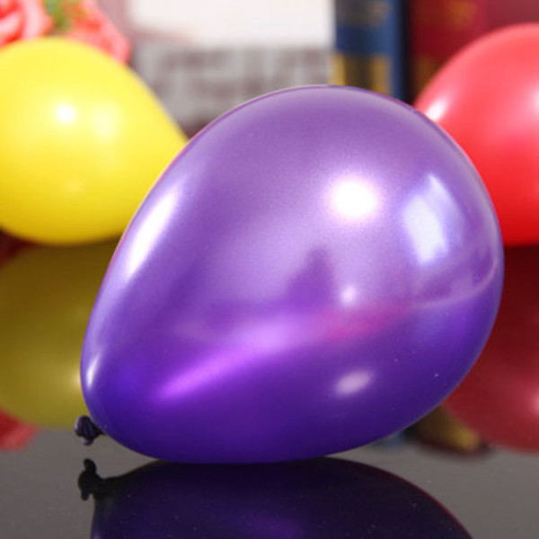 lila-metallic-ballong