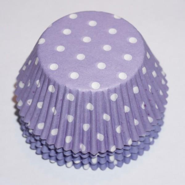 muffinsformar-ljuslila-vita-prickar