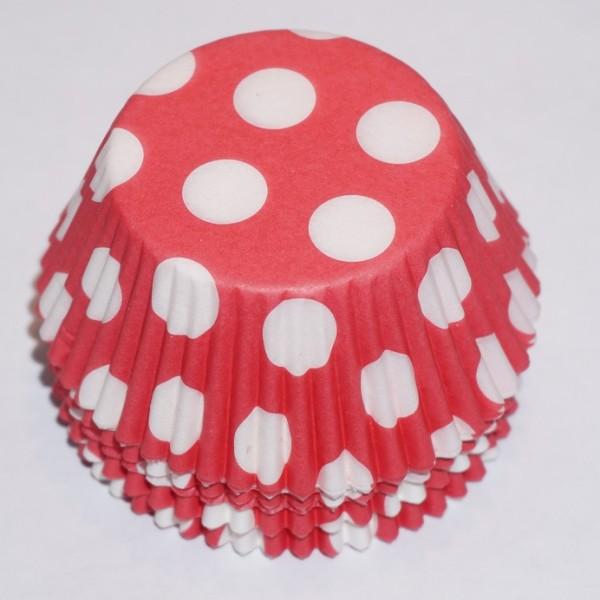 muffinsformar-roda-med-stora-vita-prickar