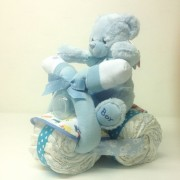 blöjtårta-blöjmotorcykel-pojke-blå