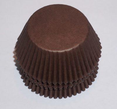muffinsformar bruna i papper till fest och kalas.
