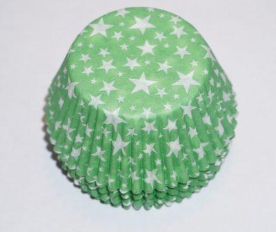 muffinsformar gröna med stjärnor i vitt.