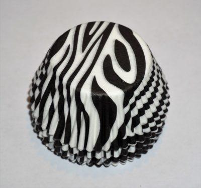 snygga muffinsformar svart vita med zebra mönster, dekoration till dop, kalas och fest.